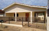 0008, Casa no IV Centenário em Itápolis - Ótima Localização
